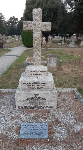 A cross shaped gravestone for Katherine Parnell in Littlehampton Cemetery